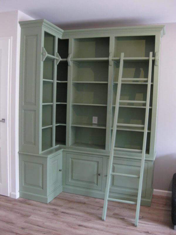 Bibliotheekkast met ladder