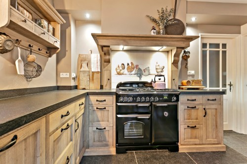Eiken keuken, landelijke stijl