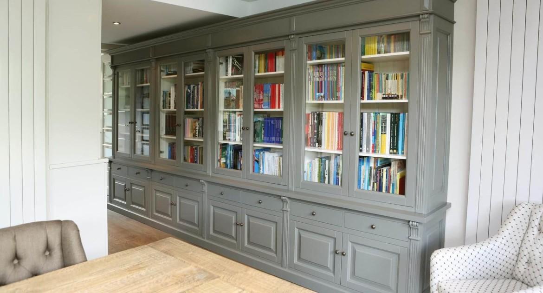 Stoere bibliotheekkast landelijke stijl