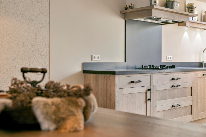 Half open keuken, landelijke stijl
