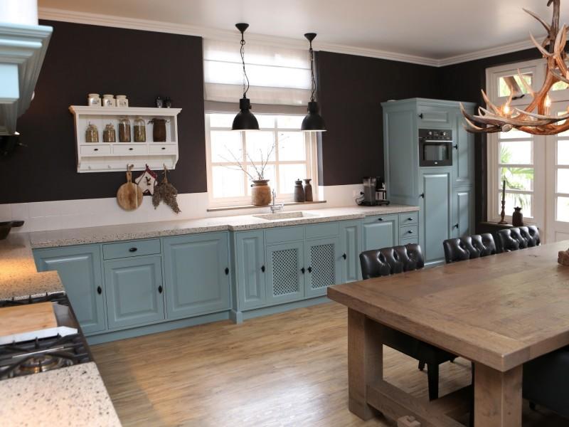 Landelijke keuken lichtblauw