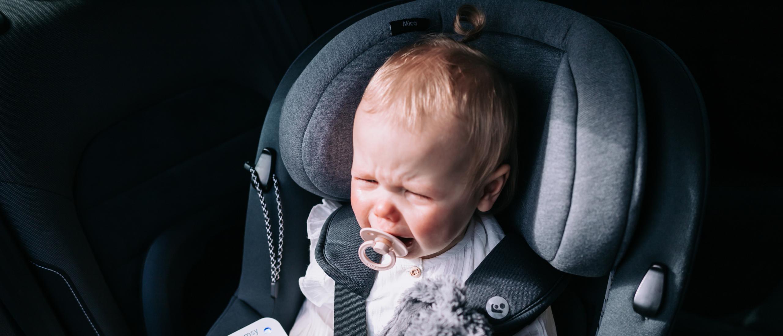 Verlatingsangst bij baby's en slapen