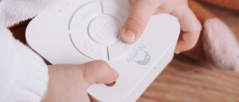 Je baby beter leren doorslapen met white noise