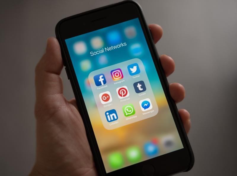 Wil jij veel nieuwe leads krijgen? Leer adverteren via Social Media platformen! Dit is een van de meest effectieve kansen die er binnen online marketing strategie te vinden zijn om jouw bedrijf snel te groeien.