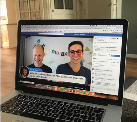 Op deze foto staan de schrijvers van de online marketing tornado (Tonny Loorbach en Martijn van Tongeren)