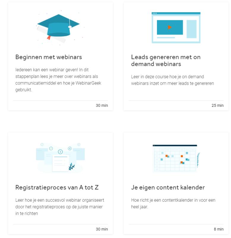 Op deze afbeelding zie je de opleidingsmaterialen van WebinarGeek. Deze zijn super waardevol voor startende online ondernemers!