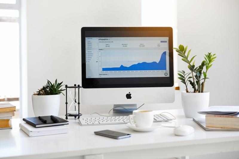 Wil jij hoger in Google? Via SEO Zoekmachine Optimalisatie kun jij constant hoger scoren in Google met jouw website!
