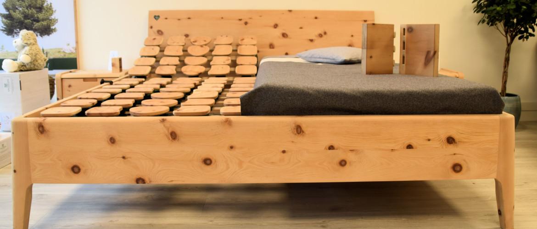 Gezond slapen in een metaalvrij bed van Zirben hout uit Oostenrijk