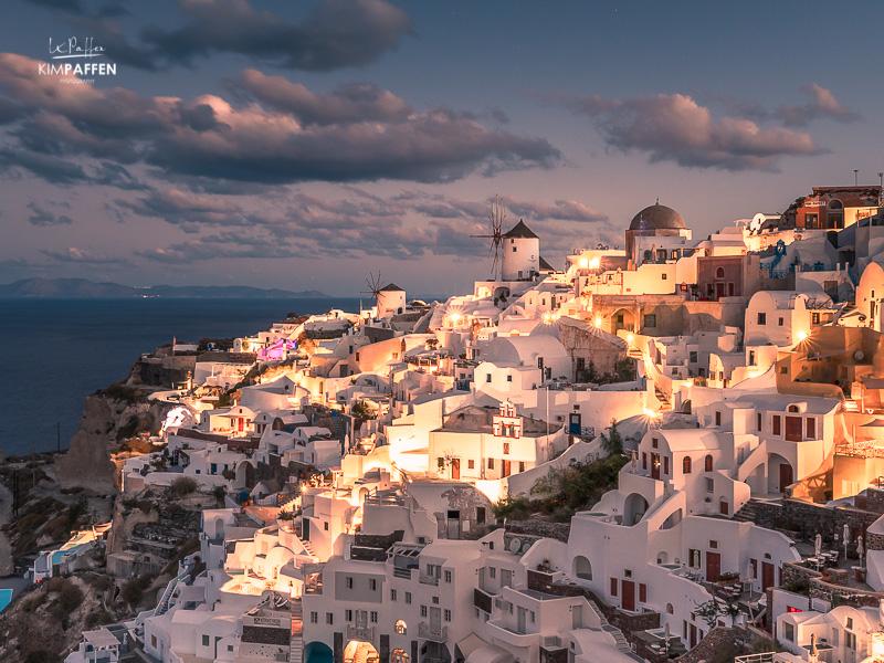 Santorini Travel: Sunrise in Oia