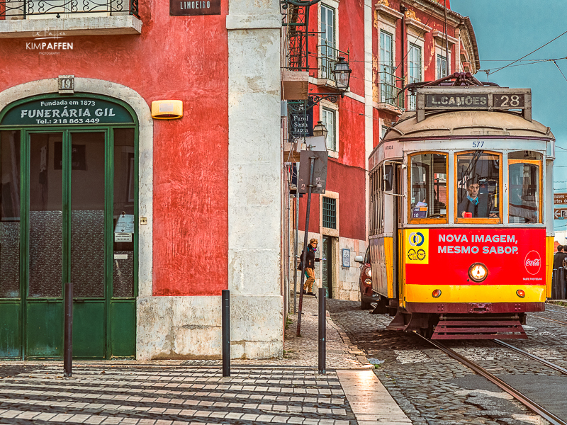 Rely on Public Transport while traveling in Lisbon