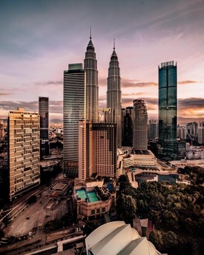 Malaysia Travel: Visit Petronas Towers in Kuala Lumpur