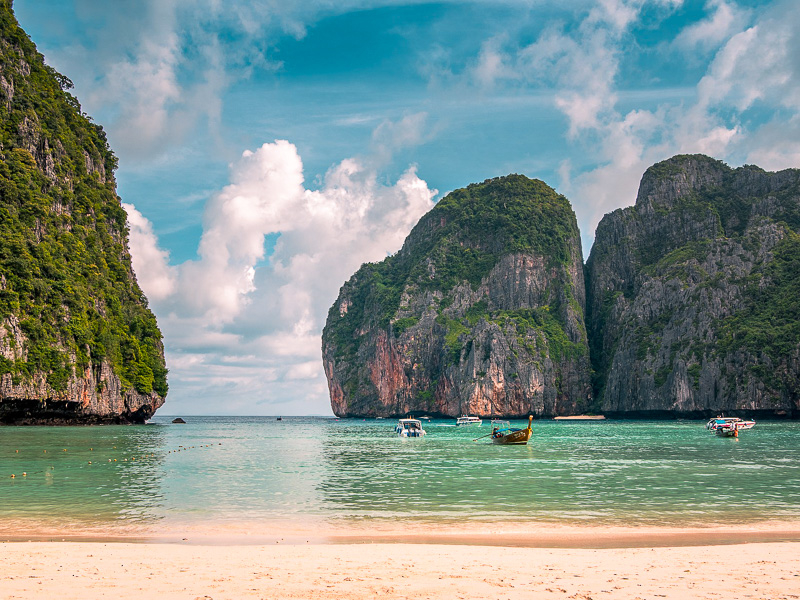 Phi Phi Islands, Mana Bay Thailand