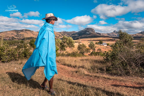 Meeting Local Malagasy on a road trip along the RN7 in Madagascar