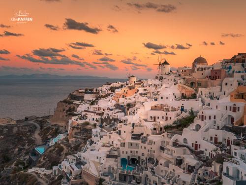 Santorini Sunrise in Oia, Greek Islands