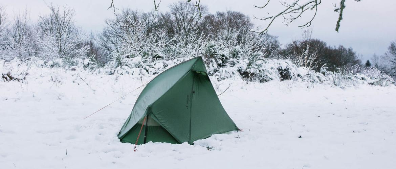 De leukste oefeningen om weer warm te worden tijdens het kamperen