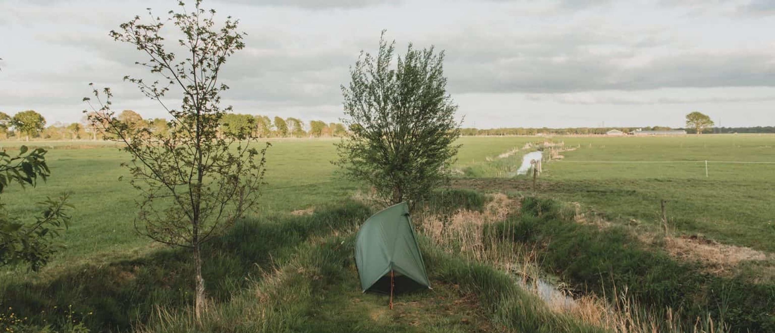 Hier moet je op letten bij het kiezen van je (wild)kampeerplek