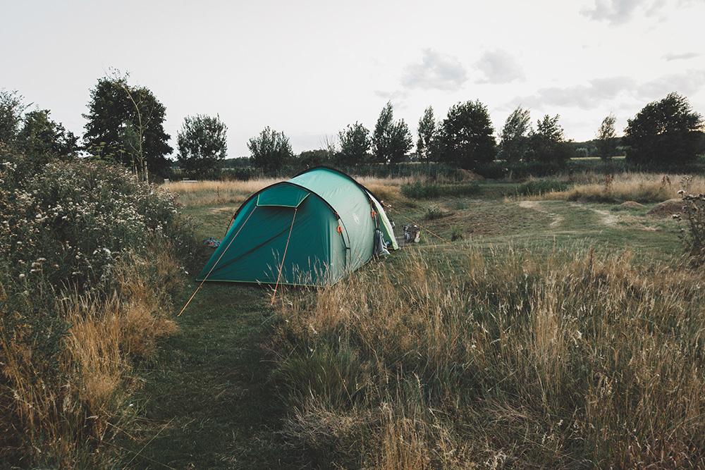kamperen-in-achtertuin