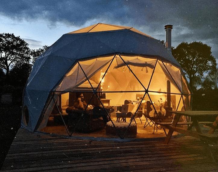 unieke-campings-in-nederland-slapen-in-dome