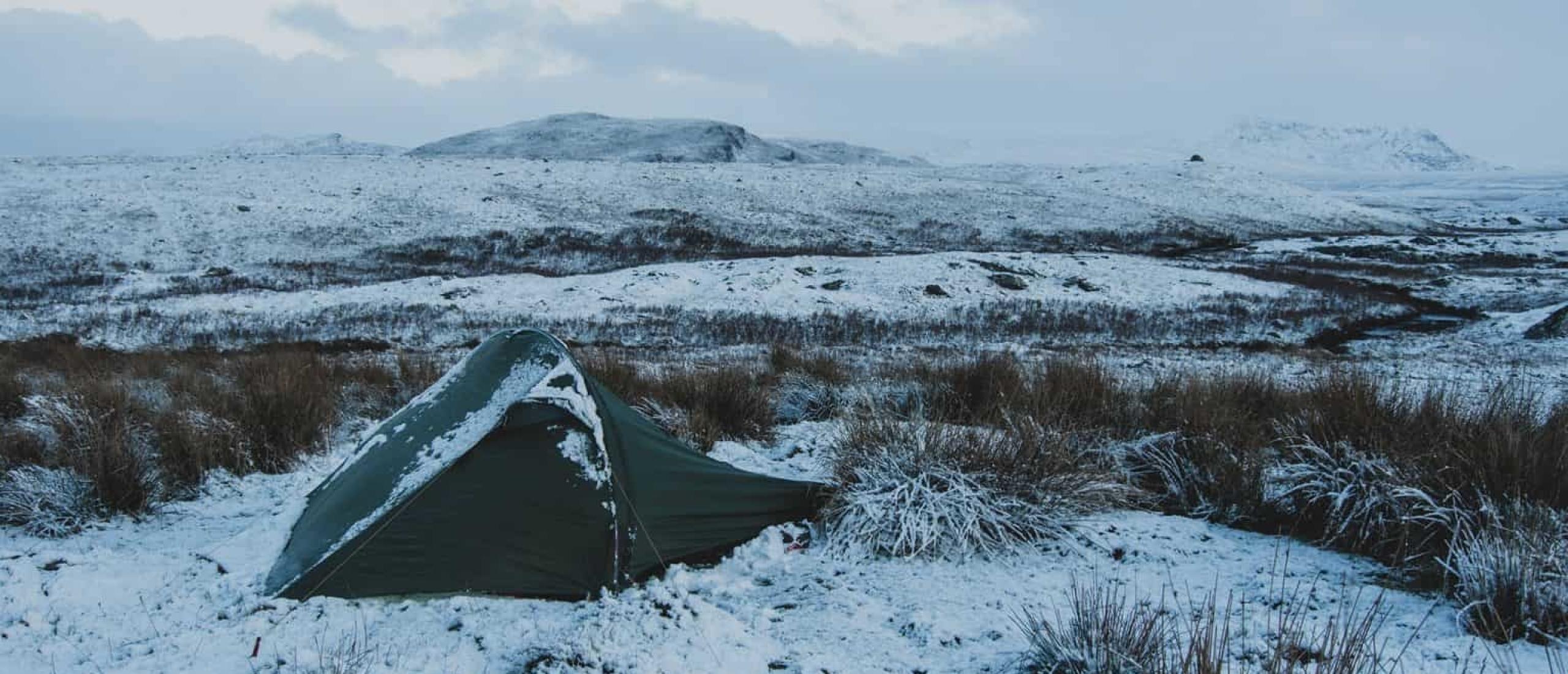 Hoe blijf je warm in je tent tijdens het kamperen?