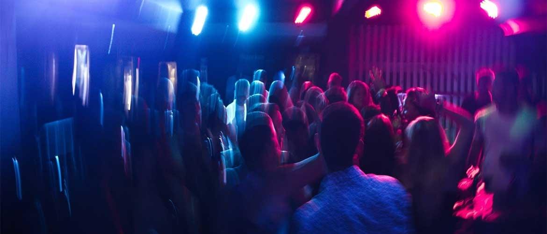 Hoe ziet een gemiddelde avond in een parenclub er uit?