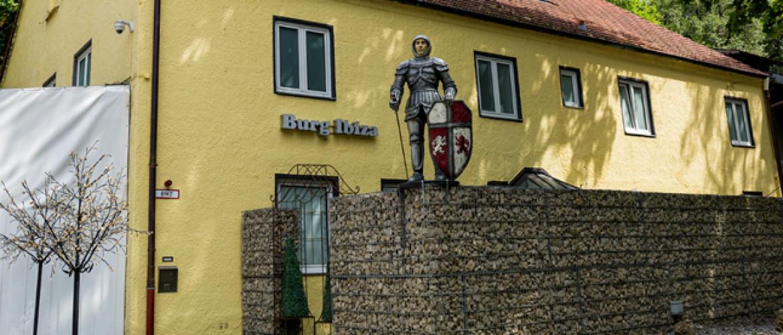 Swingerklub Burg Ibiza bij München- Lees hier alles over