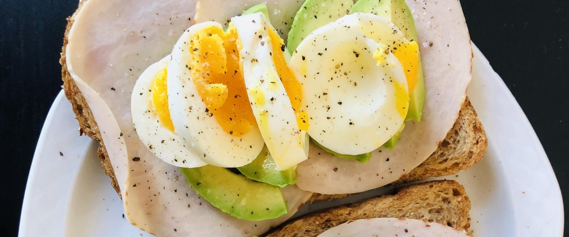 Eiwitten zijn de belangrijkste voedingsstof om juist te hebben