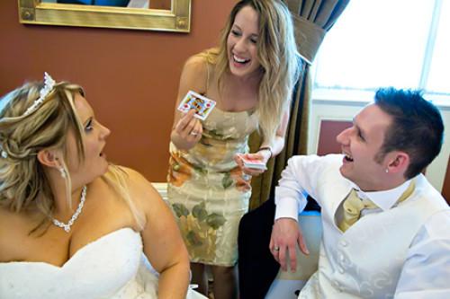 bekijk de mogelijkheden voor goocheloptredens op een bruiloft