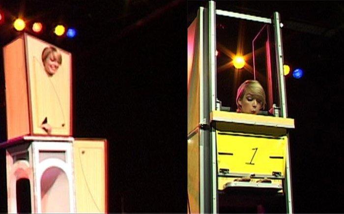 Illusionisten show met  o.a. de compressor illusion en doorzaagtruc