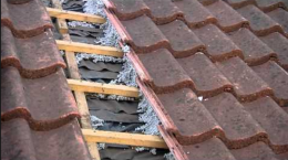 Geeft isoleren van een dak rotzooi?