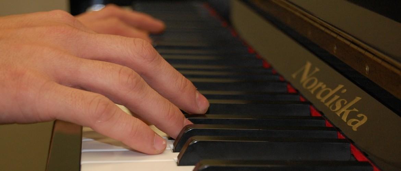 Hoe ga je goed van start als beginnend pianist?