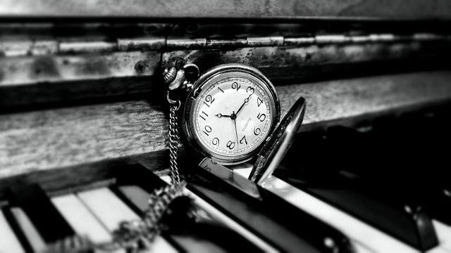 Piano oefenen op vaste tijden