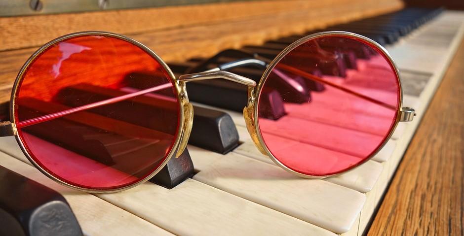 Steinway piano John Lennon