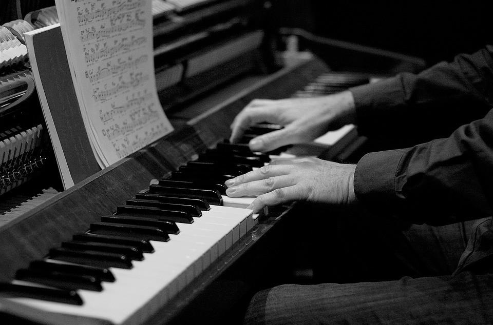 Piano leren spelen met Cor Bakker