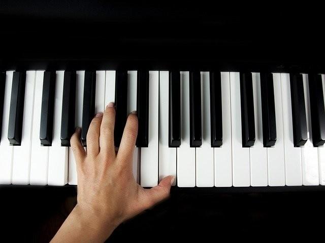 Tweedehands digitale piano kopen marktplaats
