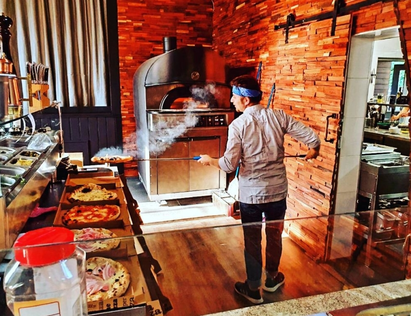 Gianluca Ciociola wil iedereen leren wat Napolitaanse pizza is