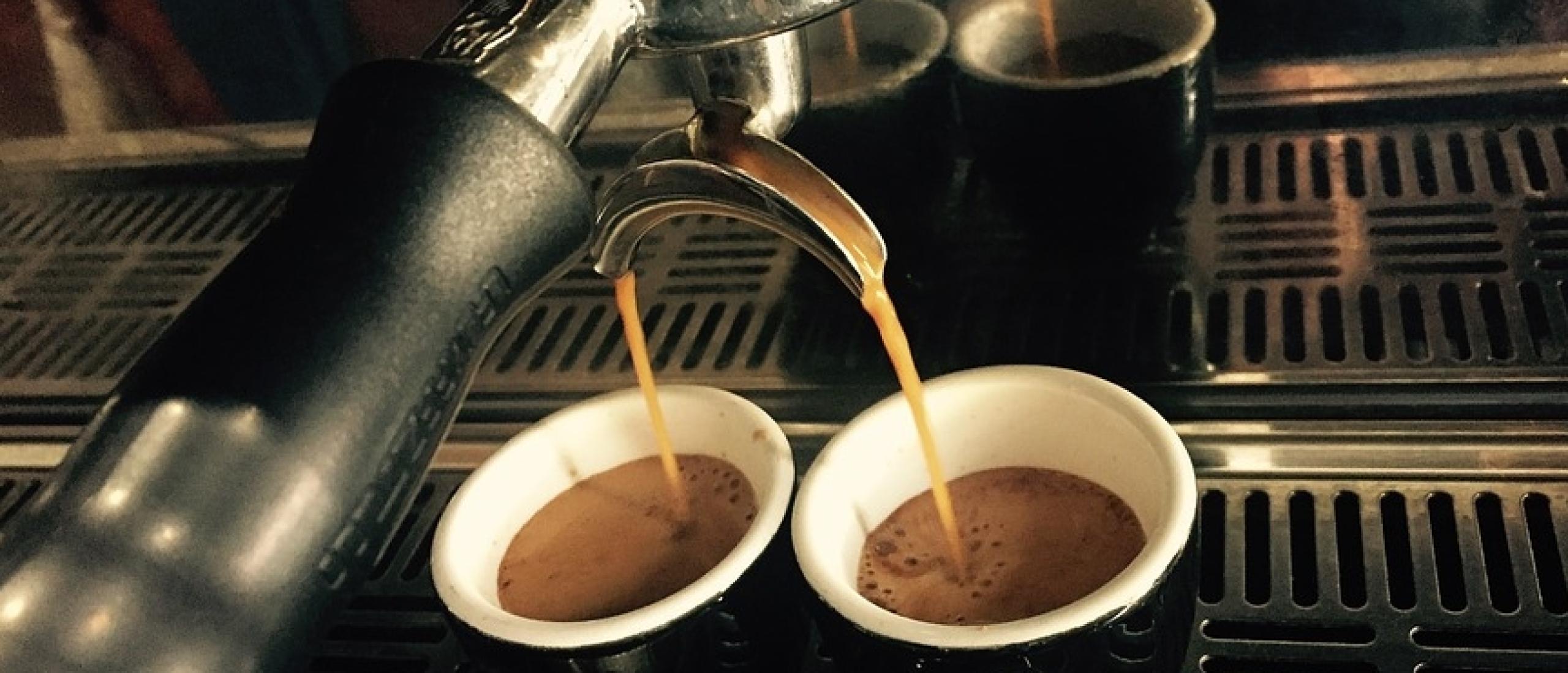 10 tips om een echte Italiaanse espresso te zetten