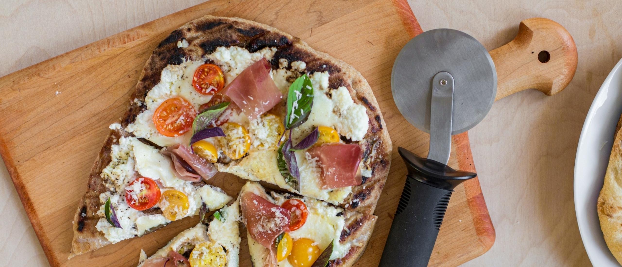 Onderscheid je met deze vleeswaren op jouw pizza