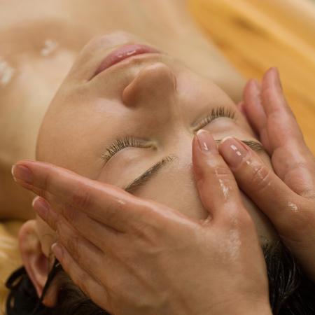 cosmetische anti-aging acupunctuur gezicht