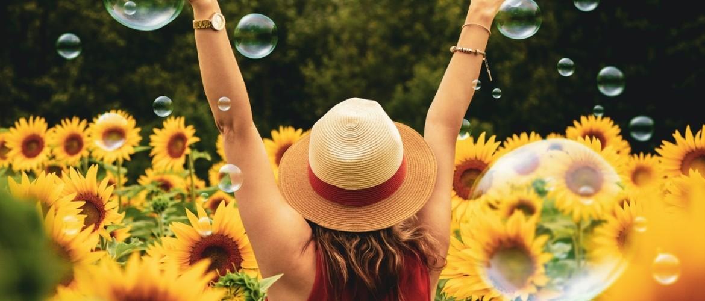 Minder zorgen maken, doe je zo! Stimuleer je gelukshormonen. 8 tips