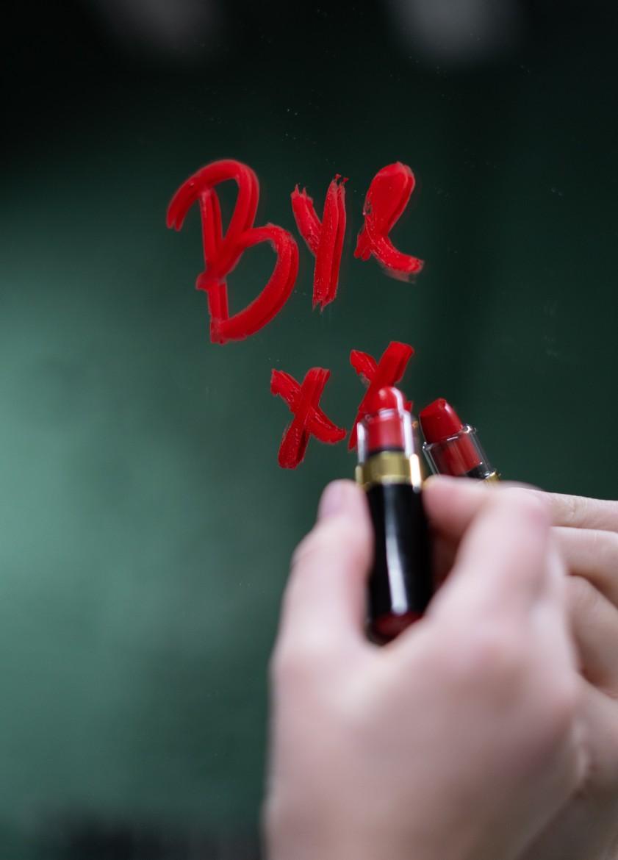 Bye, doei, afscheid, gedag zeggen, afscheid nemen