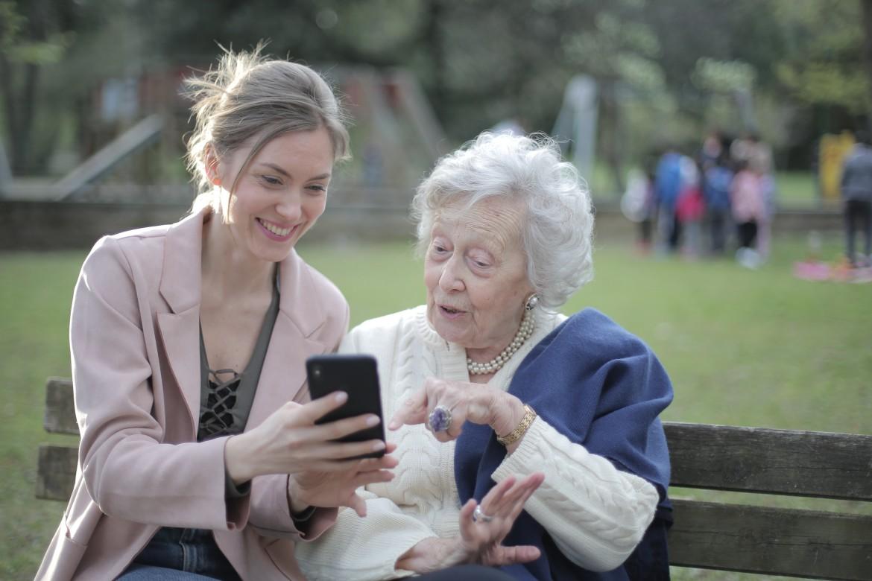 helpen, oma, digibeet, hulp, telefoon