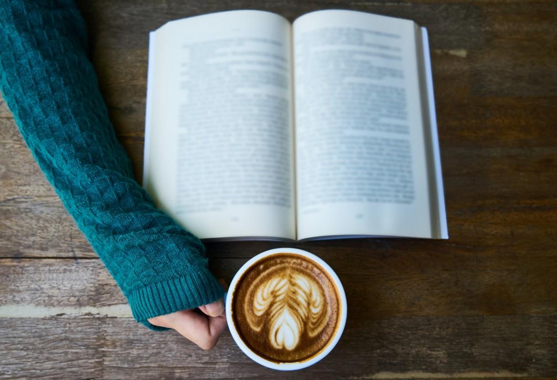 koffie, boek, lezen, rust, pauze, beloning