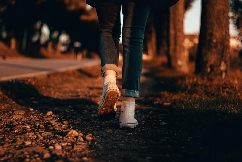 Stappen, stappen zetten, lopen, zinvol leven