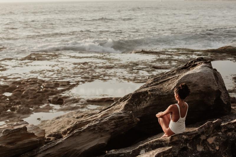 eenzaamheid, alleen, stilte, meditatie, rust, eenzaamheid tegengaan