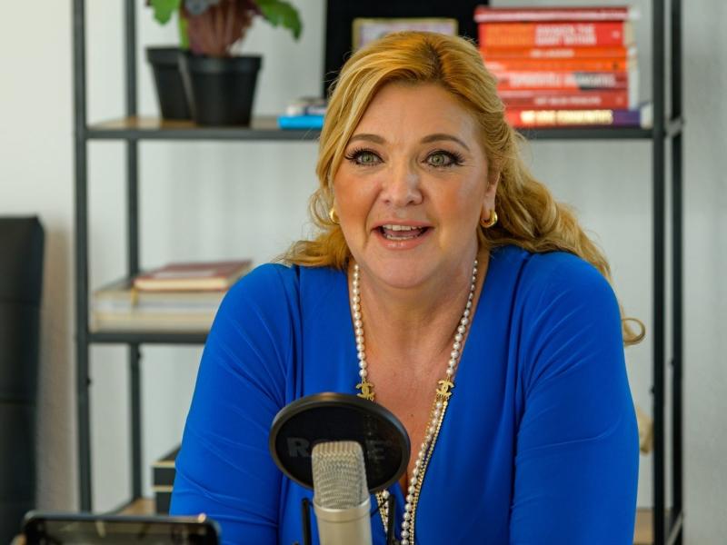 Real Estate Radio Claudia van Haeften