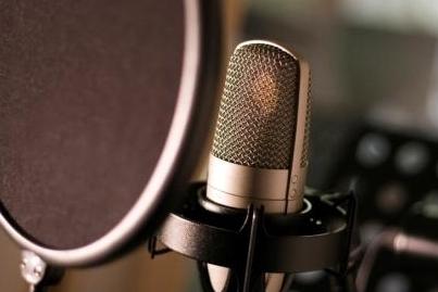 11 tips om uw bedrijf te promoten met een professionele voice-over