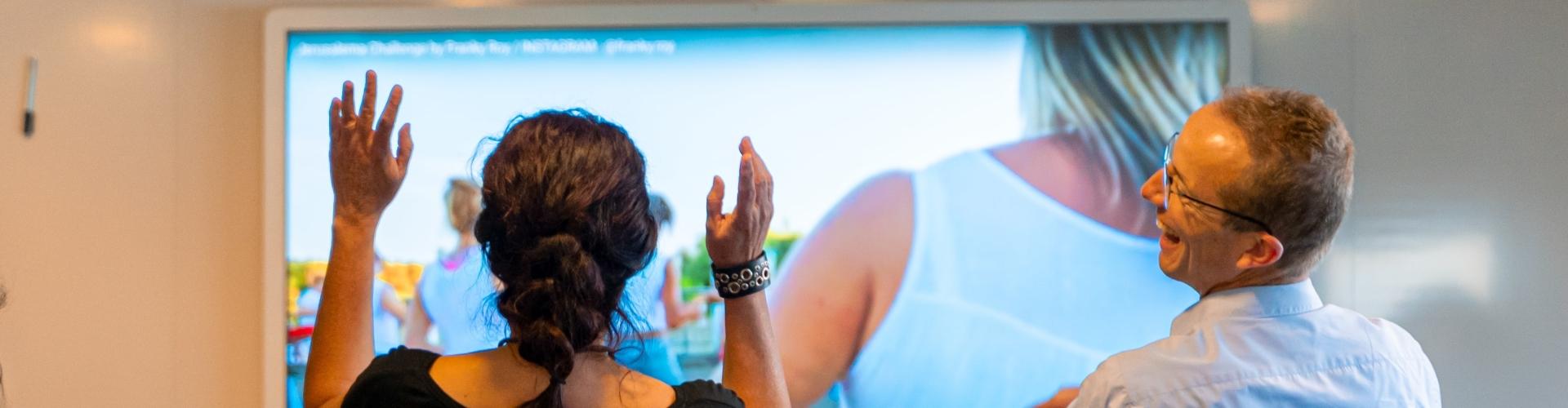 lachende-mensen-response-instituut-opleidingen-nlp-coaching-hypnose