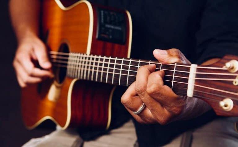 Leer gitaar spelen in 22 lessen review
