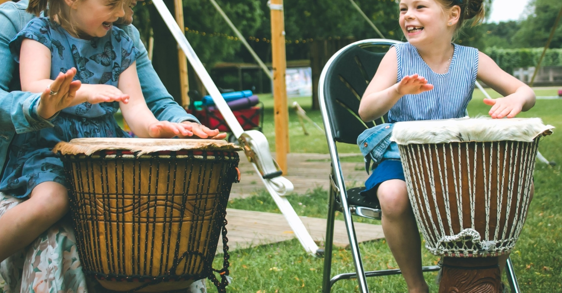 kids on djembe ritmus
