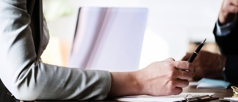 Een werknemer aanspreken (op werkstress) Hoe doe je dat?
